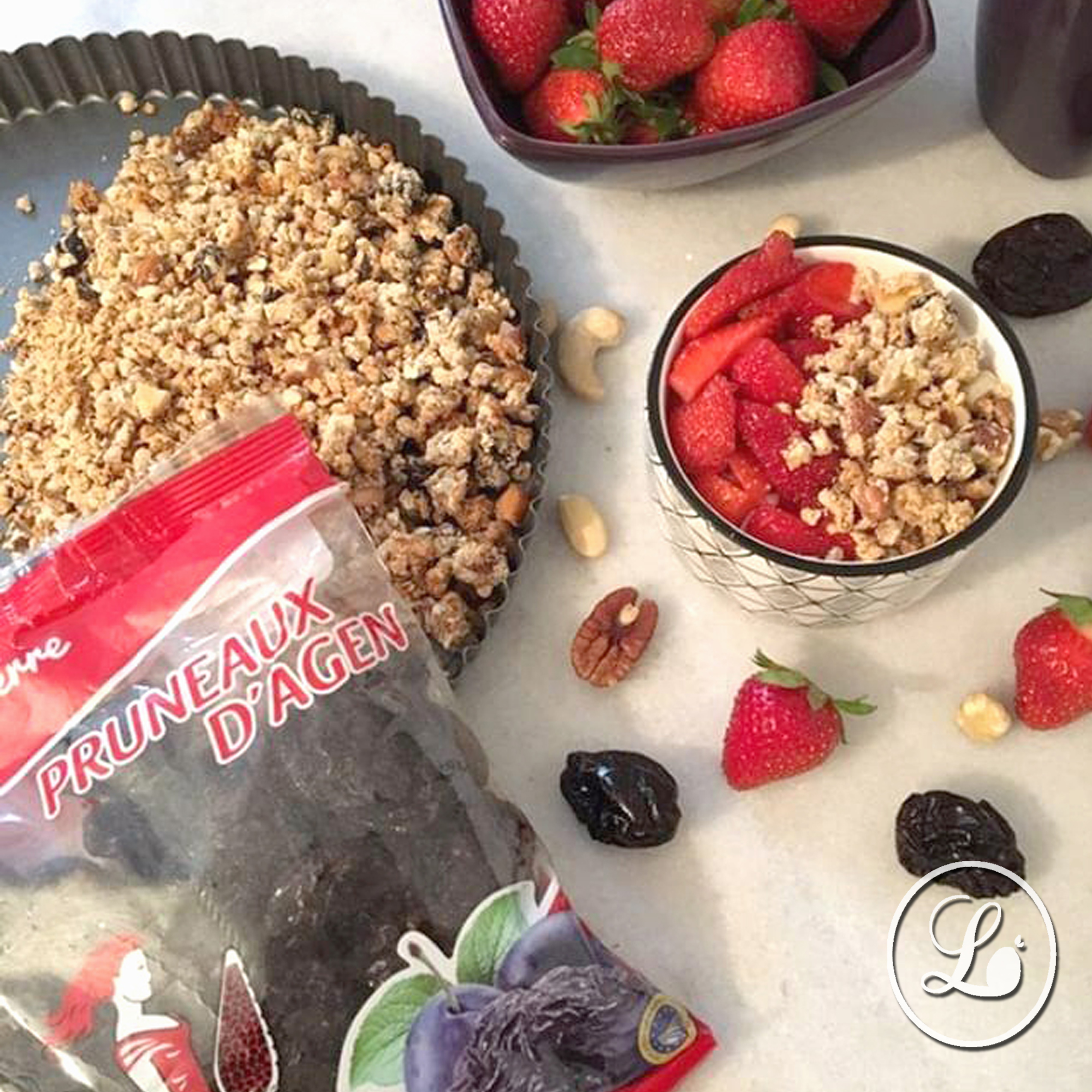 actualité Recette : Granola gourmand aux pruneaux d'Agen dénoyautés et aux fruits secs.